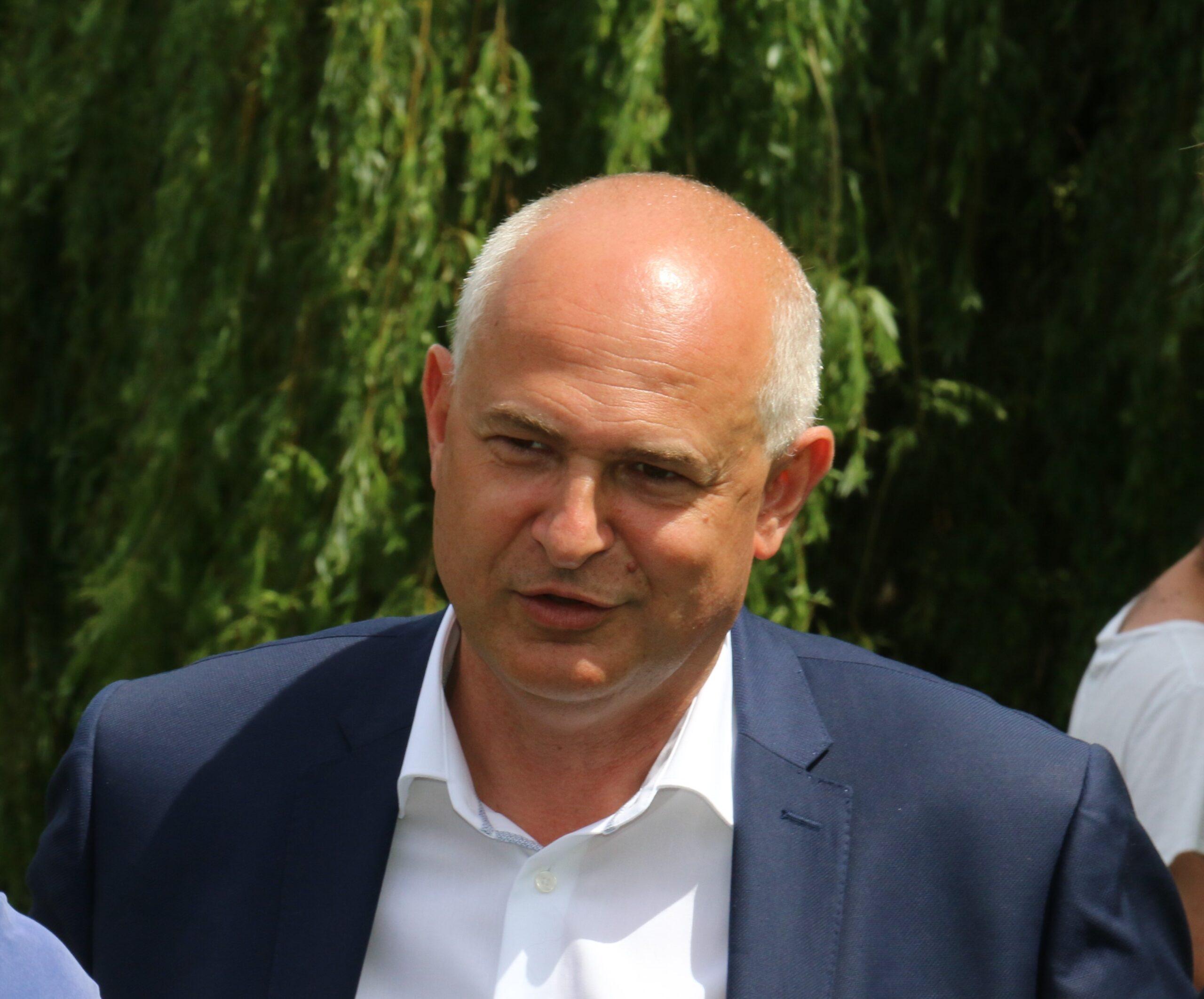 Laurent Pietraszewski, ex-DRH d'Auchan, est resté fidèle à son ancien employeur une fois devenu député